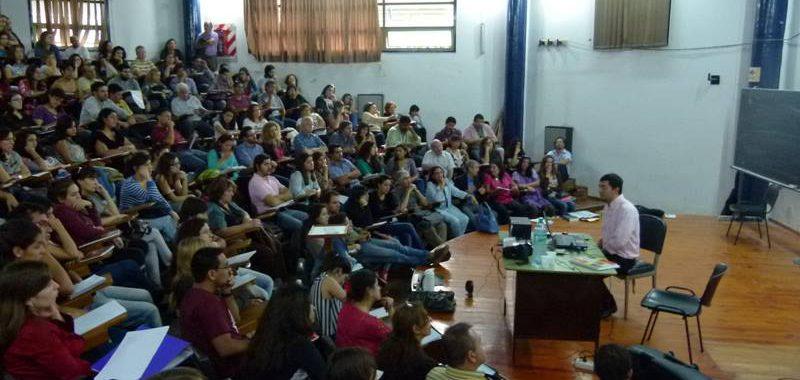 """SE DICTARÁ EL SEMINARIO – TALLER """"Las practicas de enseñanza de la historia reciente"""""""